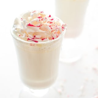 Copycat Starbucks White Peppermint Hot Chocolate. Creamy and sweet, it's just for you are craving for this season! ? tgncooking.com