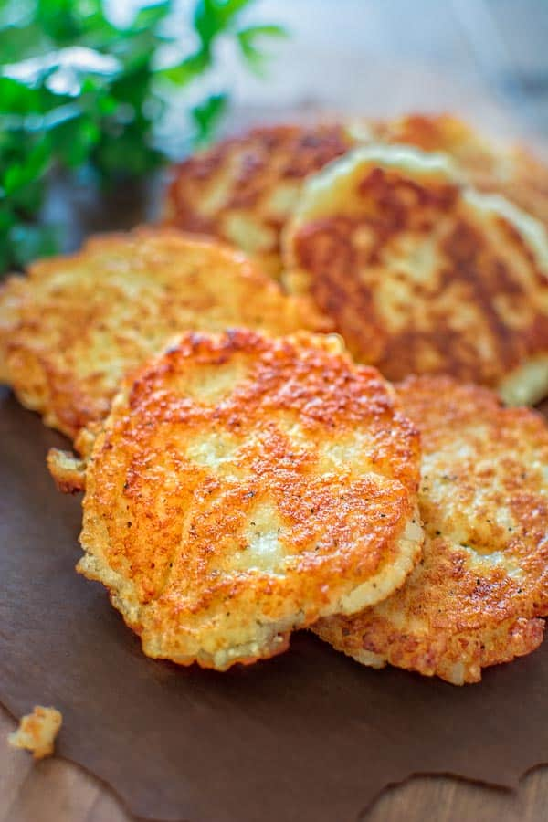 So simple, yet unbelievably tasty, these Classic Potato Pancakes are not to be missed! This easy Latke recipe is a staple at my family! ? tgncooking.com