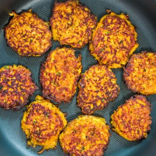 Made with only 4 ingredients, these Sweet Potato Hash Browns are easy to make and very delicious. Learn how to make perfect hash browns with my step-by-step photo and video instructions. ?