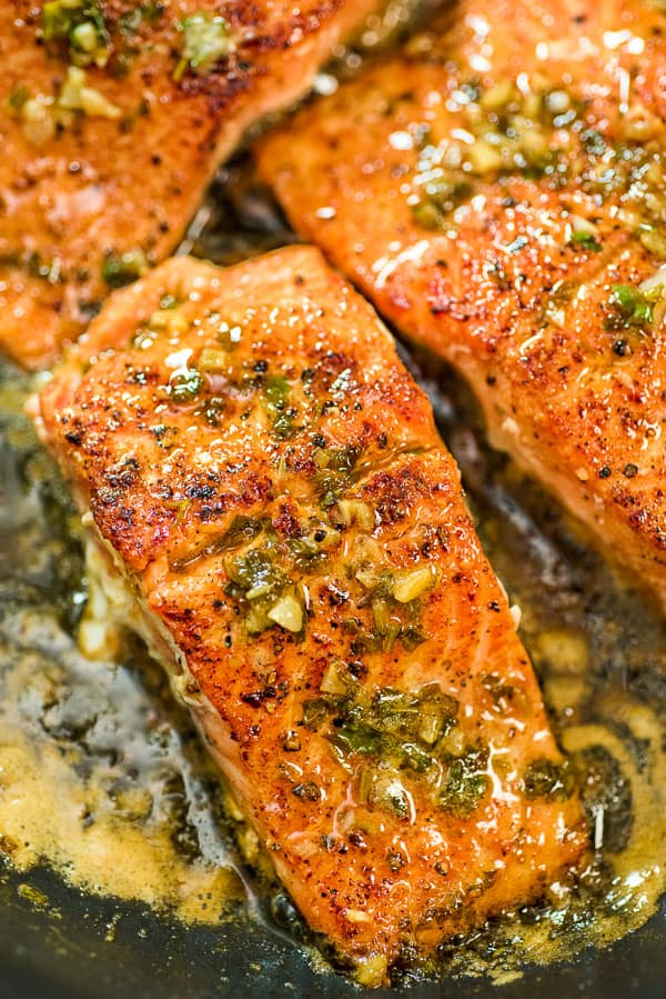 This Cajun Salmon recipe is an ultra-easy and flavorful dinner to make during your busy weeknights. It?s ready in less than 30 minutes.