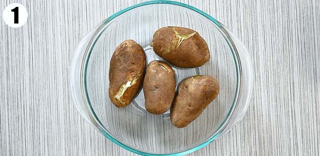 Boiled potatoes in a bowl